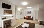 hotelroom-10