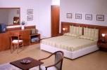 hotelroom-21